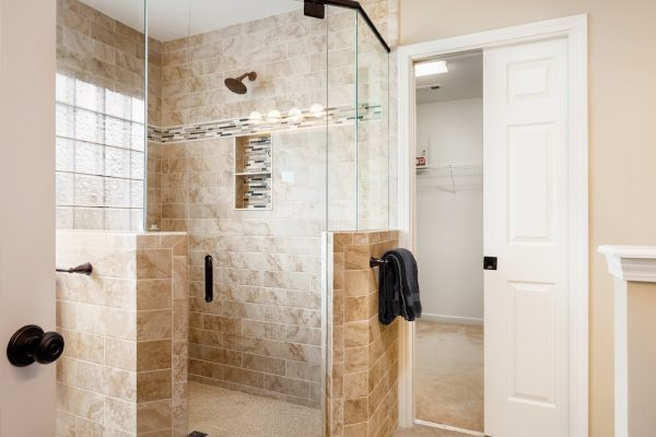open-master-bathroom-shower
