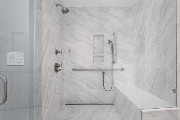 5615_REDO_bath-5-5615-red-osier